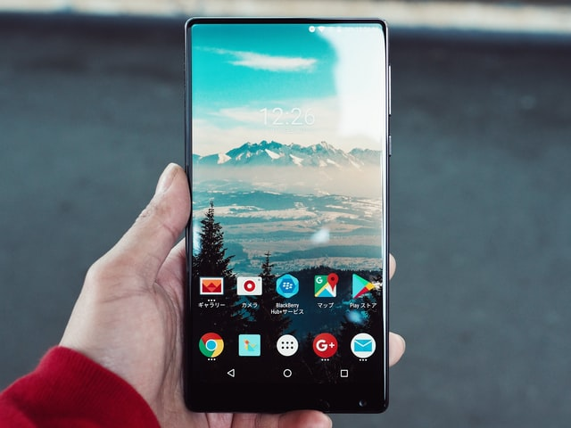 How to screenshot on Android?